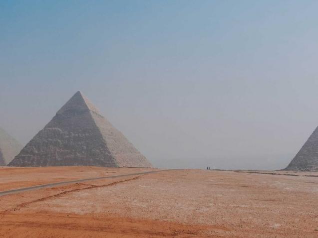 pyramids_web